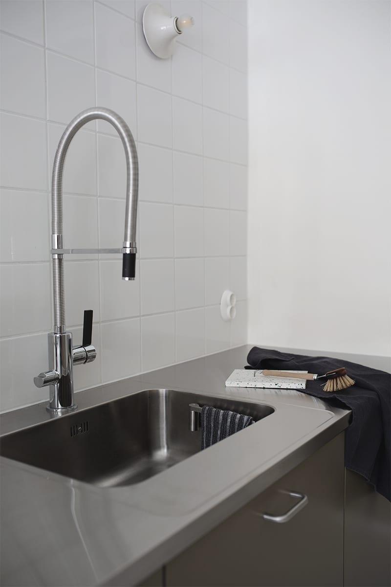 suihin julkisessa kylpy huoneessa